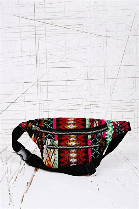 sac banane vintage 17 best images about sac banane bum bag on outfitters topshop and pack