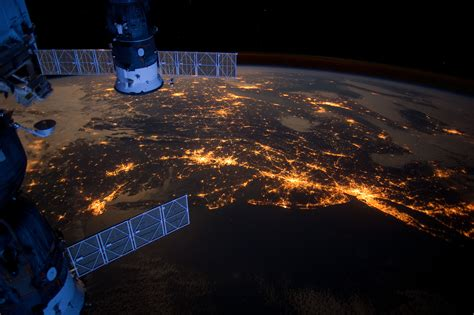 astronaut catches spectacular night view   cities