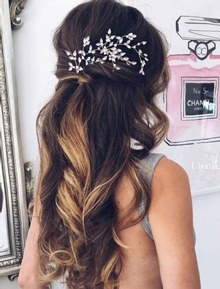 fryzury slubne dlugie wlosy galeria modne fryzury   dla kazdego