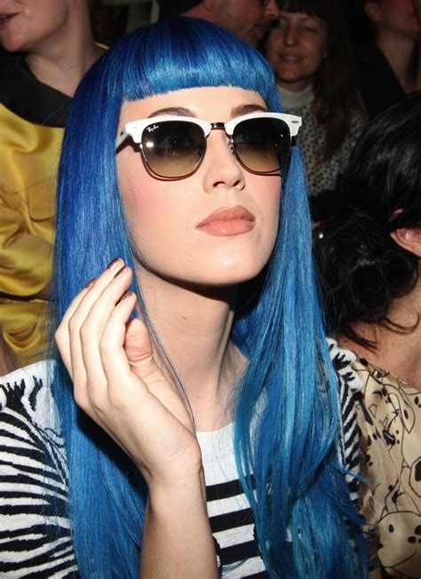 28 Pictures Of Katy Perry Rocking Blue Hairstyles Strayhair