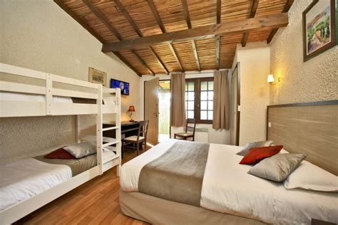 chambre hotel canile hotel puy du fou chambre 4 personnes