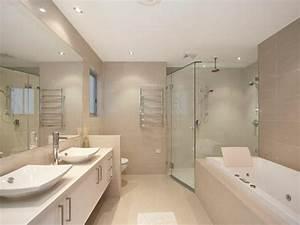 Beaucoup d39idees en photos pour une salle de bain beige for Amazing carrelage gris couleur mur 11 mettons des briques de verre dans la salle de bains