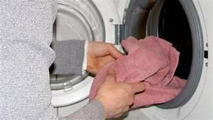 Waschmaschine Riecht Unangenehm Was Tun : frage antwort nr 107 schimmel in der waschmaschine n ~ Markanthonyermac.com Haus und Dekorationen