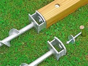Holz Im Boden Befestigen : so bauen sie einen holzzaun bauhaus ~ Lizthompson.info Haus und Dekorationen