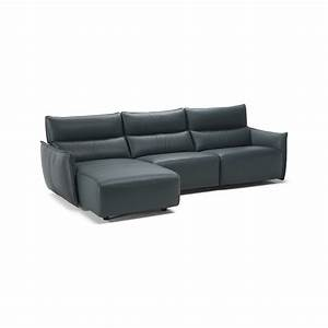 Natuzzi editions franko sofa with chaise for Natuzzi leather sectional sofa with chaise