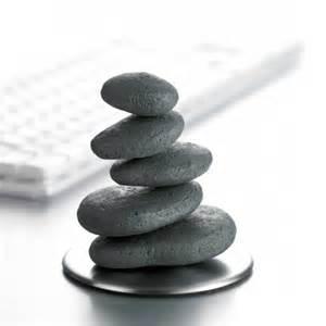 bad mit steine magnet steine gegen stress beruhigende magnetische steine zum stressabbau geschenkbox de