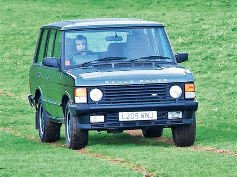 land rover classic for first vs last the range rover classic ccfs uk