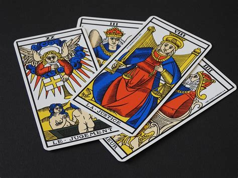 Cuantas Cartas Tiene Un Juego De Casino - Bono