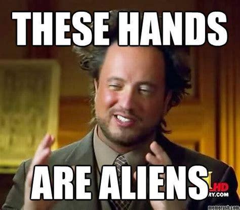 Aliens Meme Image - aliens man the hilarious aliens man meme