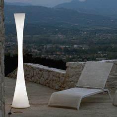 Lampadaire Design Italien : lampadaire design italien dry wired ~ Teatrodelosmanantiales.com Idées de Décoration