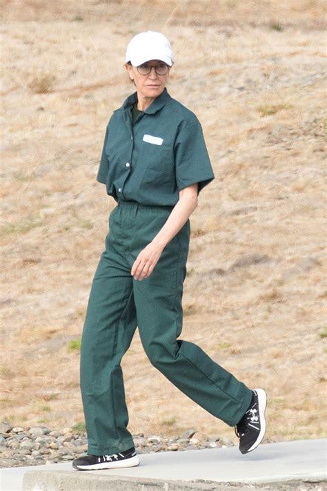 felicity huffman photographed  prison uniform
