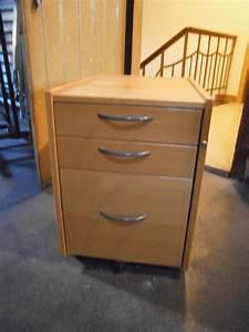 Schreibtisch Mit Ausziehplatte : schreibtisch ikea m bel einebinsenweisheit ~ Markanthonyermac.com Haus und Dekorationen
