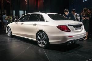 Mercedes E Class : beijing 2016 mercedes benz e class lwb gtspirit ~ Medecine-chirurgie-esthetiques.com Avis de Voitures