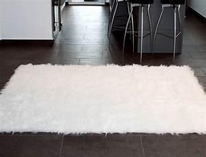 Tapis Fourrure Ikea : tapis rectangle en peau de mouton synth tique blanc ~ Teatrodelosmanantiales.com Idées de Décoration