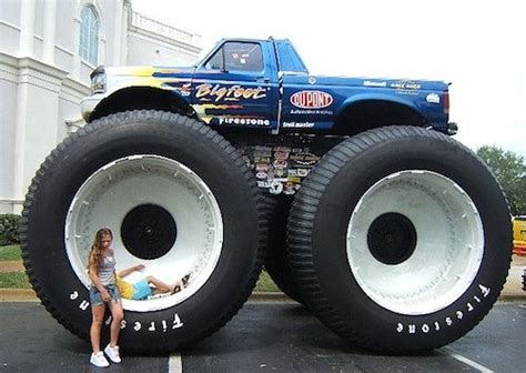 first bigfoot monster truck 17 best images about bigfoot 4x4x4 fans on pinterest