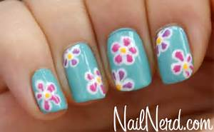 Nail nerd art for nerds ? flowers on blue nails