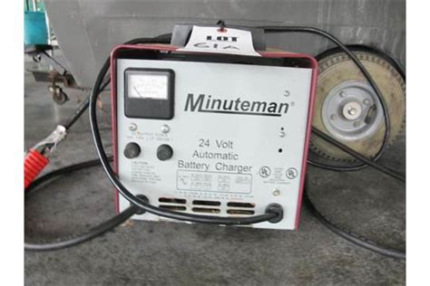 Minuteman Floor Scrubber Battery Charger by Minuteman 24 Volt Automatic Battery Charger For Floor Washer