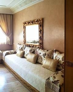 salon marocain 100 sur mesure soie brodee satin With tapis chambre bébé avec tissu pour canapé marocain