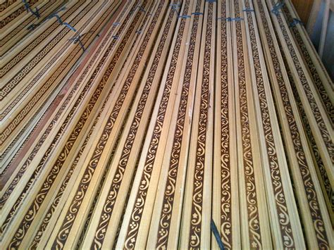 bunda profil poto plafon kayu ling lampu les bakar motif