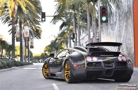 Le capot de cette bugatti veyron linea vincero a également été revue. Bugatti Veyron by Mansory Linea Vincero d'Oro - Dubai, Abu ...