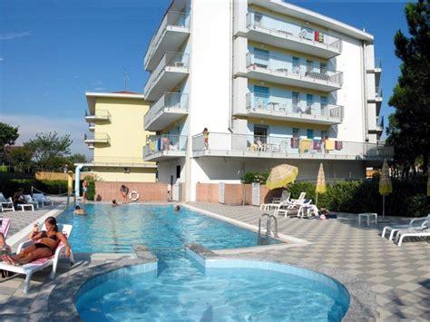 appartamenti bali residence bali con piscina vicino piazza jesolo lido