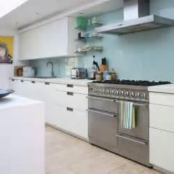 splashback ideas white kitchen contemporary glass splashback kitchen kitchens kitchen ideas image housetohome co uk