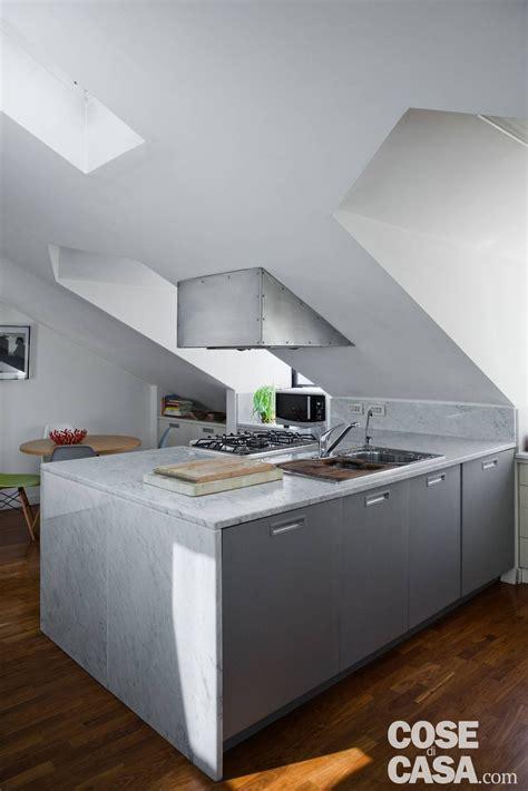 cucina mansarda da sottotetto a mansarda confortevole e luminosa cose di