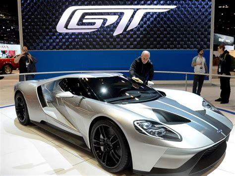 chicago auto show dazzles  industry sales surge abc news