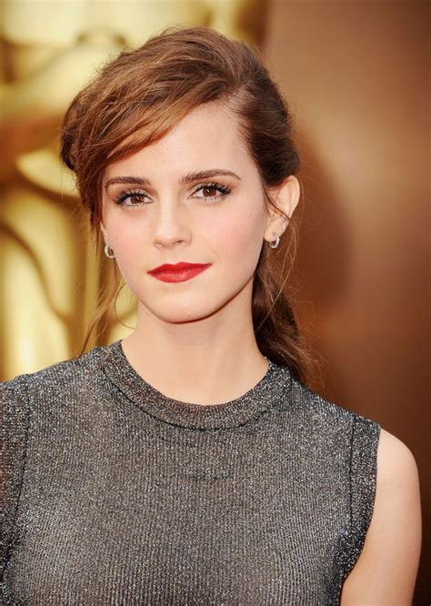 Oscars Dresses Emma Watson Flashes Her Thong