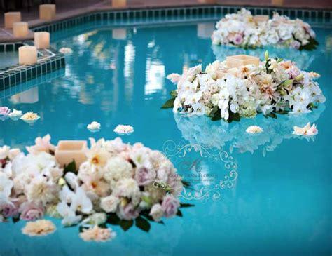 floating flowers  candlelight tran wedding details