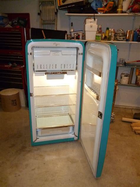 Vintage Kitchen Appliance Sale