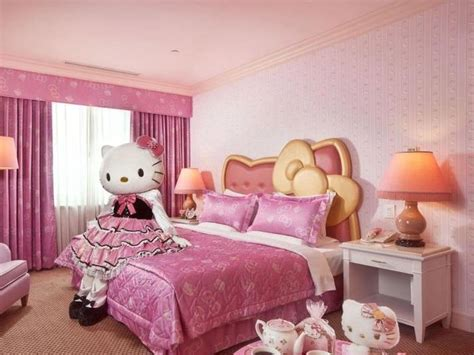 Cute Hello Kitty Bedroom Design Collection
