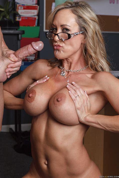 Dean Shows Her Tits To Her Colleague Photos Brandi Love Johnny Sins Milf Fox