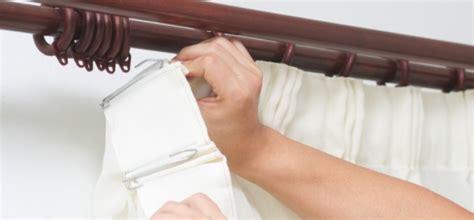 choosing curtain hooks