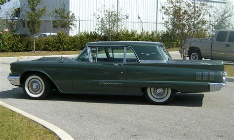 1960 FORD THUNDERBIRD 2 DOOR HARDTOP W/SUNROOF - 39942