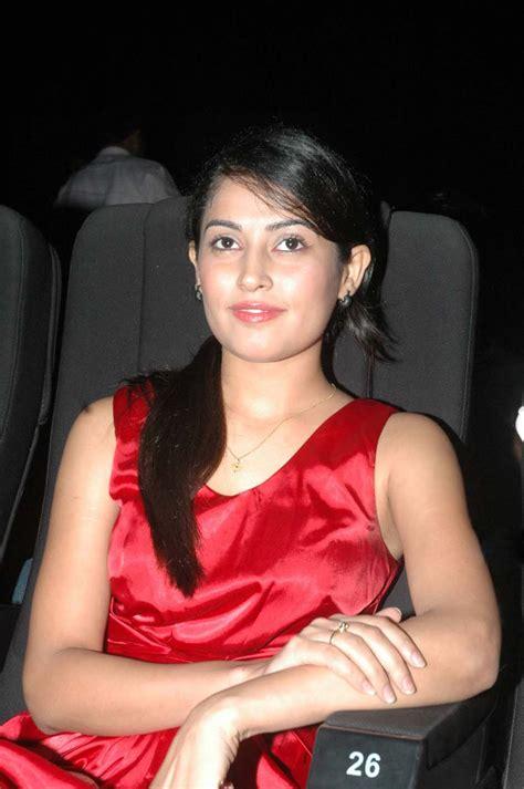 images tamil padam fame actress disha pandey hot