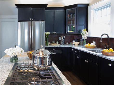 choosing the right kitchen countertops hgtv granite countertop colors kitchen designs choose
