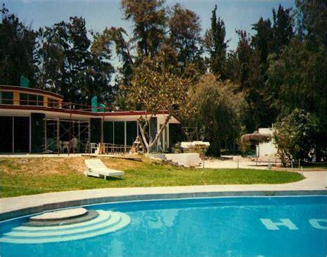 chambre pour 2 gar輟ns eclipse au chili en 1994