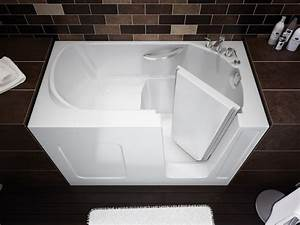 Compact Walk In Bathtub By Maax Professional DigsDigs