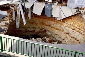 Encombrant Paris 13 : l 39 encombrant h ritage des sous sols en gruy re de paris ~ Medecine-chirurgie-esthetiques.com Avis de Voitures