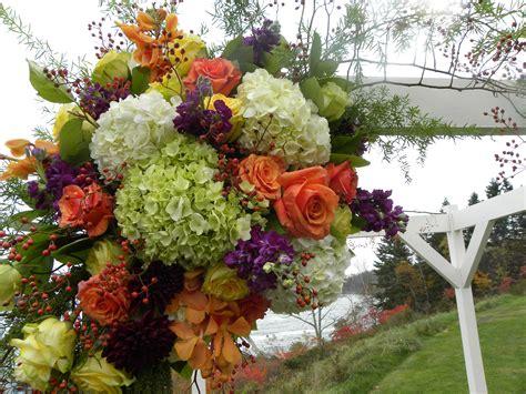Fall Wedding Flowers Abound With Dahlias, Hydrangea