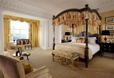 royal suite master bedroom elite traveler