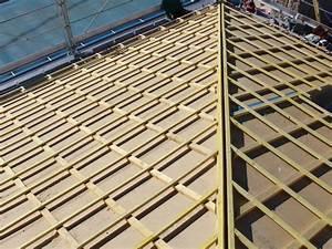 Spot Encastrable Exterieur Sous Toiture : pose d un panneau de sous toiture pare pluie en fibres de bois lavilledieu ~ Melissatoandfro.com Idées de Décoration