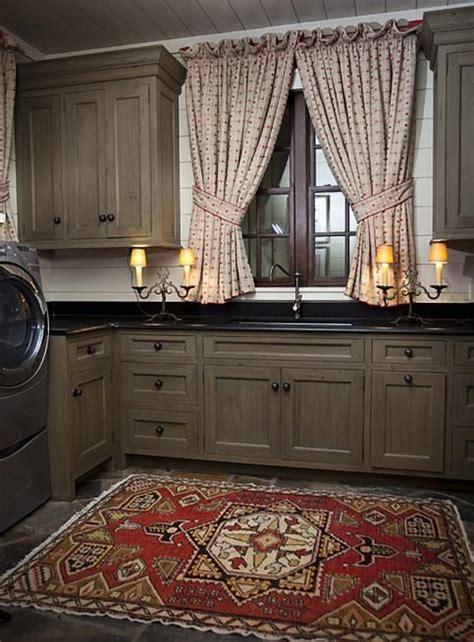 primitive painted kitchen cabinets 630 best primitive colonial kitchens images on 4416