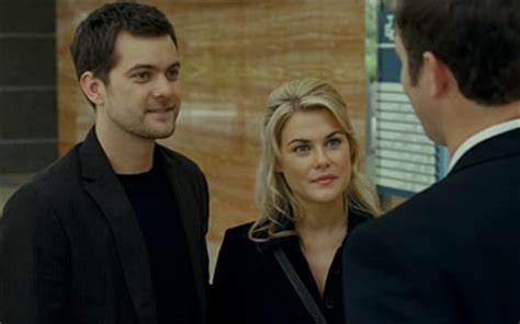 Joshua Jackson and Rachael Taylor in Shutter (2008)