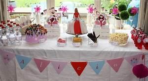 Idee Deco Table Anniversaire 70 Ans : princesse party une d coration d 39 anniversaire pour filles ~ Dode.kayakingforconservation.com Idées de Décoration