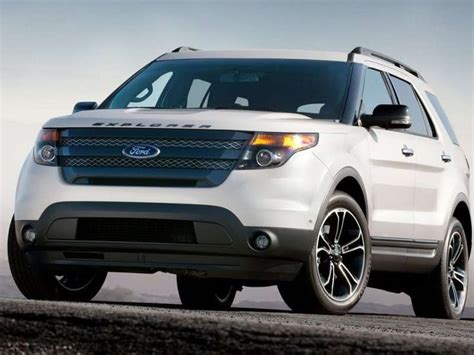 Small Ford Suv 2010