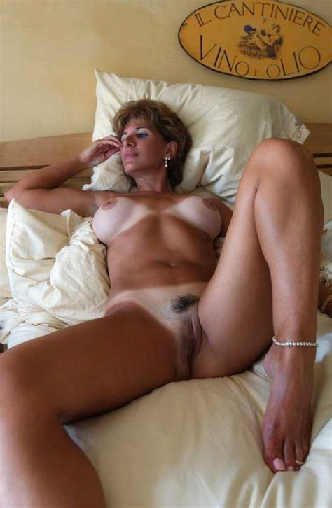 Extra Tanned Italian Milf Milf Pictures Sorted By