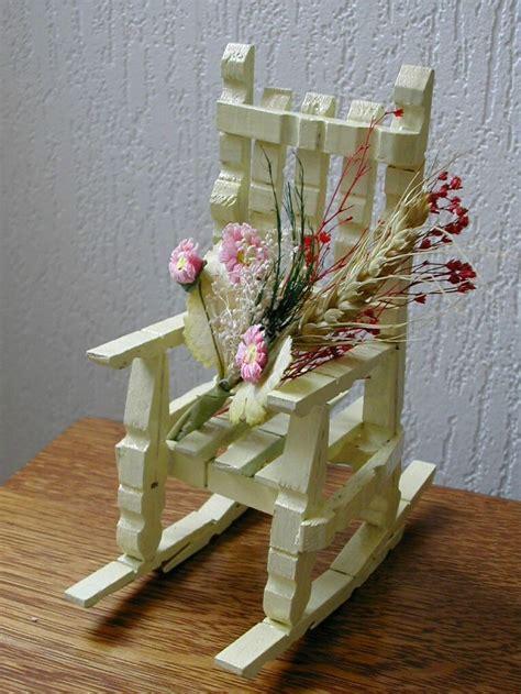 chaise en epingle a linge en bois les 25 meilleures idées concernant artisanat de pince à
