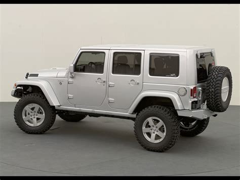 White Jeep Wrangler Unlimited Rubicon Angle Jeep